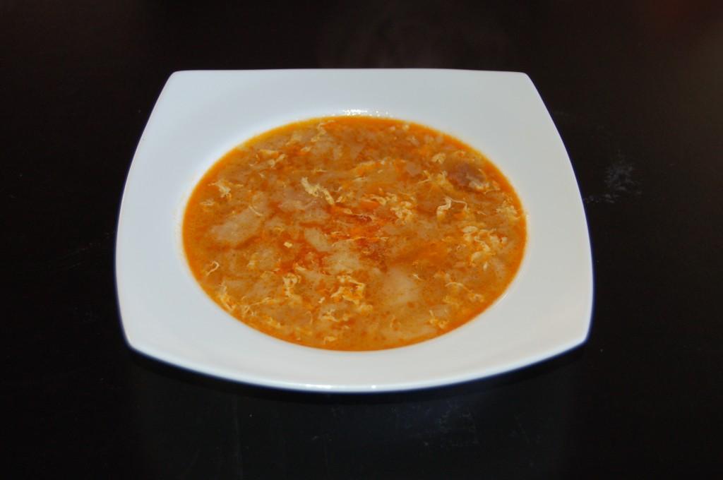 Receta de la sopa de ajo. Recepta de la sopa d'all